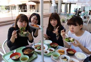 jyoshibi_gakushoku